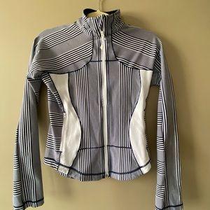 Lululemon Forme striped navy & white jacket size 6